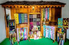 Usung Semangat Sociopreneur, Bella Populerkan Batik Asal Pulau Belitung - JPNN.com
