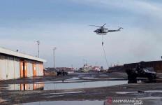 Kelompok Teroris Kuasai Pelabuhan Cirebon, Denjaka TNI AL Menerjunkan Tim Tempur - JPNN.com