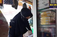 Bea Cukai Pelototi Harga Transaksi Pasar Rokok di Empat Pulau - JPNN.com