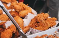 3 Tips Berhenti Makan Gorengan - JPNN.com