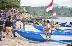 Serahkan 7 Unit Perahu Nelayan di Lampung, Begini Harapan Brigjen TNI Marinir Nuri Andrianis - JPNN.com