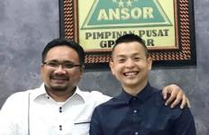 Cerita Ernest Prakasa yang Merasa Hatinya Tenang Saat Bertemu Gus Yaqut - JPNN.com