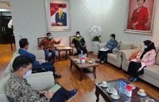 Terancam PHK Massal, Perkumpulan Pengusaha Produk Tekstil Mengadu ke Wakil Ketua MPR - JPNN.com