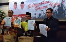 Warga Kalsel Antusias Melaporkan Bukti Pelanggaran Pilkada ke Posko Denny Indrayana - JPNN.com