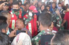 Hilang 8 Hari, Kepulangan Nelayan Pidie Disambut Haru Ratusan Keluarga - JPNN.com