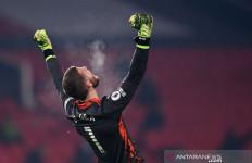 United Memepet Posisi Pemuncak Klasemen Liverpool - JPNN.com