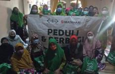 NU CARE – Lazisnu Bagikan 1.000 Paket Sembako Kepada Warga Terdampak Covid-19 - JPNN.com