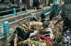 Oalah, Ini Penyebab Banjir di Surabaya - JPNN.com