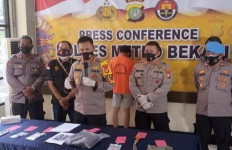 Detik-Detik Penyamaran Polisi Bongkar Kasus Begal Bercelurit di Bekasi - JPNN.com
