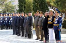 Tahun Baru ala Kim Jong Un: Tulis Surat untuk Rakyat hingga Ziarah Makam - JPNN.com