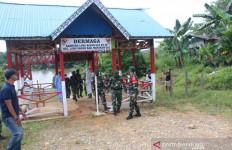170 Pasukan TNI Tiba di Long Bagun, Sebagian pakai Helikopter Langsung ke Tengah Hutan - JPNN.com