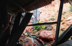 Longsor Menghancurkan 8 Rumah Warga di Tanjungpinang, Sejumlah Wilayah Terendam Banjir - JPNN.com