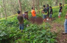 Duel Maut Pakai Parang di Kebun Karet, Satu Nyawa Melayang - JPNN.com