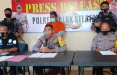 5 Orang Menyetop Mobil Tim dari Fraksi Golkar, Ada yang Bawa Parang - JPNN.com