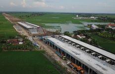 Pembangunan Tol Semarang-Demak Dikebut, Semen Gresik Pasok Produk Unggulannya - JPNN.com