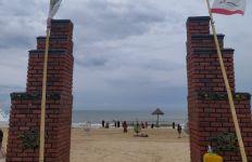 Dari Kesan Kumuh, Pantai Tlangoh Bangkalan Berubah Jadi Destinasi Wisata Eksotis - JPNN.com