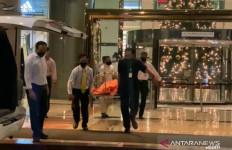 Pengunjung Mal Taman Anggrek Jatuh dari Lantai 4, Begini Keterangan Saksi. Miris - JPNN.com