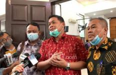 Sidang Habib Rizieq Tak Disiarkan Langsung, Jumlah Pengacara Dibatasi, Kamil Pasha Bilang Begini - JPNN.com