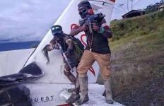 TPN Papua Barat Bertanggung Jawab soal Pembakaran Pesawat, Singgung TNI-Polri - JPNN.com