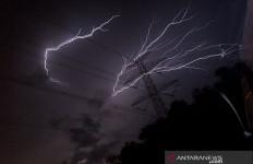 Januari dan Februari Puncak Musim Hujan, Waspada - JPNN.com