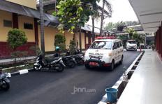 RS Polri Terima 12 Laporan Keluarga Korban Sriwijaya Air SJ-182 dan 1 Kantong Body Part - JPNN.com