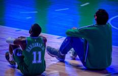 Lagi, Covid-19 Bikin Pertandingan NBA Ditunda - JPNN.com