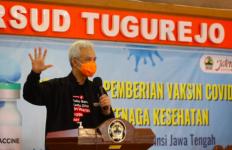 Ganjar Bersama Kapolda dan Pangdam sudah Siap Vaksinasi Covid-19 - JPNN.com