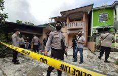Reni Sudah Terbaring dan Tertutup Selimut, Tetangga Curiga - JPNN.com