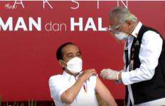 China Semiringa Melihat Jokowi Disuntik Vaksin Corona - JPNN.com