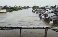 Hujan Deras Mengguyur, Kota Seribu Sungai Pun tak Kuasa Membendung Banjir - JPNN.com