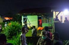 Lima Hari Cium Bau dari Rumah Kosong, Jonari Curiga, Setelah Diperiksa, Tak Disangka - JPNN.com