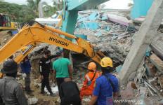 Data Terbaru BNPB, 56 Orang Meninggal Dunia Akibat Gempa Sulbar - JPNN.com