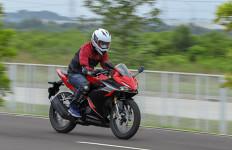 Honda CBR150R Terbaru, Bodi Besar, tetapi Lincah - JPNN.com