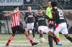 Seru! Laga PSV-Sparta Berlangsung Dalam Drama 8 Gol - JPNN.com