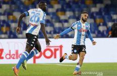 Napoli Berpesta Gol Hingga Setengah Lusin - JPNN.com