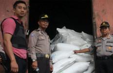 Sebelum Ditangkap, Pencuri Gula Menjamu Polisi, Pengakuannya Mengejutkan - JPNN.com