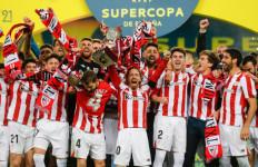 Athletic Bilbao Juara, Lionel Messi Dapat Kartu Merah Pertama di Barcelona - JPNN.com