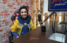 Elly Kasim Sempat Dilarang Ibunda Jadi Penyanyi - JPNN.com