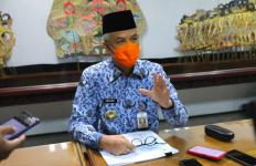 Gubernur Ganjar Kirim Tim Khusus Bantu Korban Gempa di Sulbar - JPNN.com