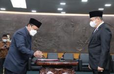 Lantik PAW Anggota MPR RI, Bamsoet Ingatkan Pentingnya PPHN - JPNN.com