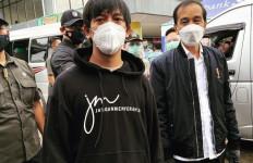 Rian D'Masiv Bertemu Presiden Jokowi di Lokasi Banjir Kalimantan Selatan - JPNN.com