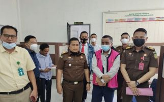Nasrun Dijemput Paksa oleh Jaksa, Langsung Ditahan