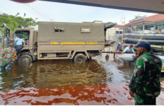 Tiba di Kalsel, 91 Personel TNI AL Langsung Terjun ke Lokasi Terdampak Banjir - JPNN.com