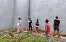 Petugas Lapas Tanjung Pandan Menemukan Jejak Kaki di Belakang Aula, Mencurigakan - JPNN.com