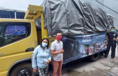 Ahmad Sahroni Center Kirim Bantuan untuk Korban Banjir Kalsel - JPNN.com