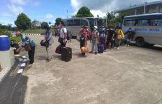 Bea Cukai Jayapura Fasilitasi Repatriasi di PLBN Skouw - JPNN.com