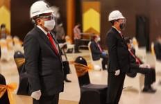 Menteri WahyuTrenggono Hingga Hasto Terima Profesi Insinyur dari UGM - JPNN.com