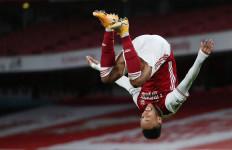 Lihat Selebrasi Aubameyang Usai Cetak Gol Buat Arsenal - JPNN.com