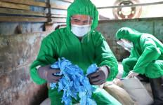 Bea Cukai Dumai Gagalkan Penyelundupan Limbah Kesehatan dan Obat-Obatan - JPNN.com