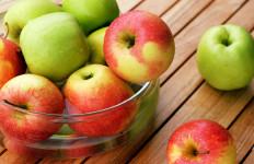 Bantu Stabilkan Tekanan Darah, Ini 8 Manfaat Konsumsi Apel di Pagi Hari - JPNN.com